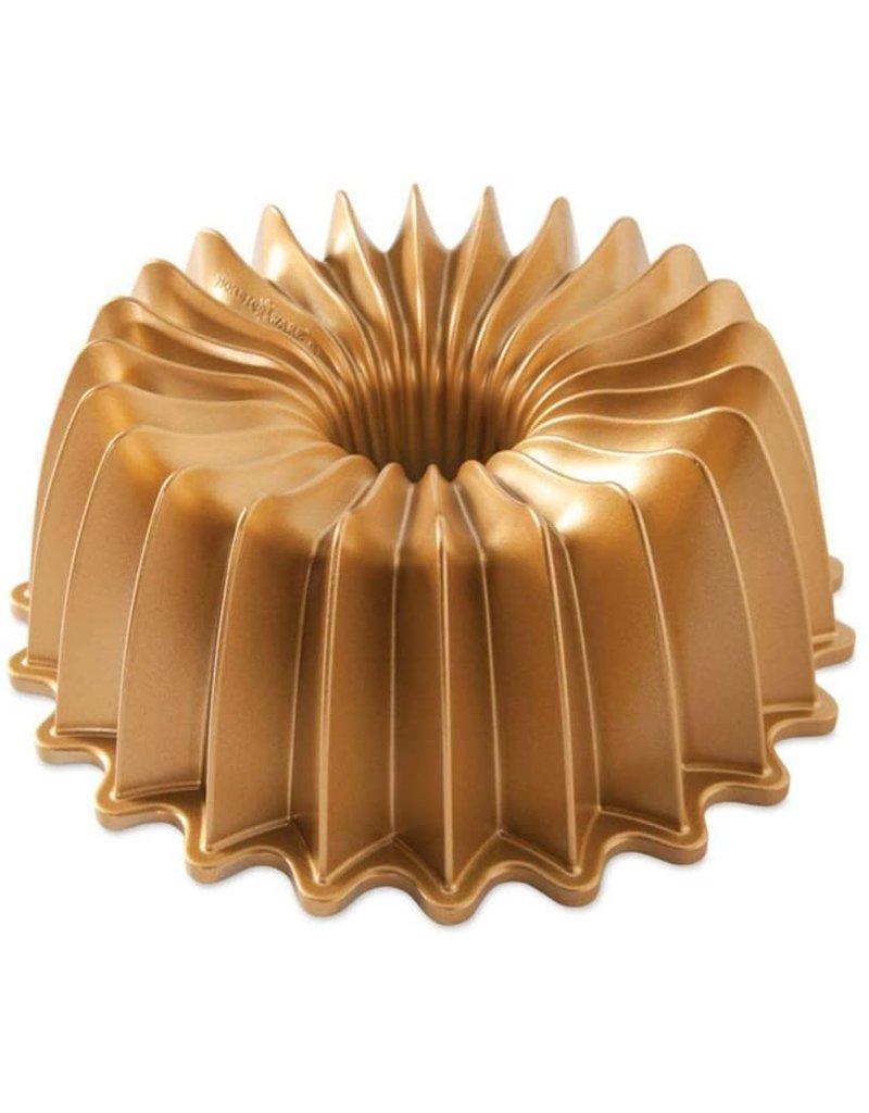 Nordic Ware Brilliance Bundt Pan, Gold, 10 cup