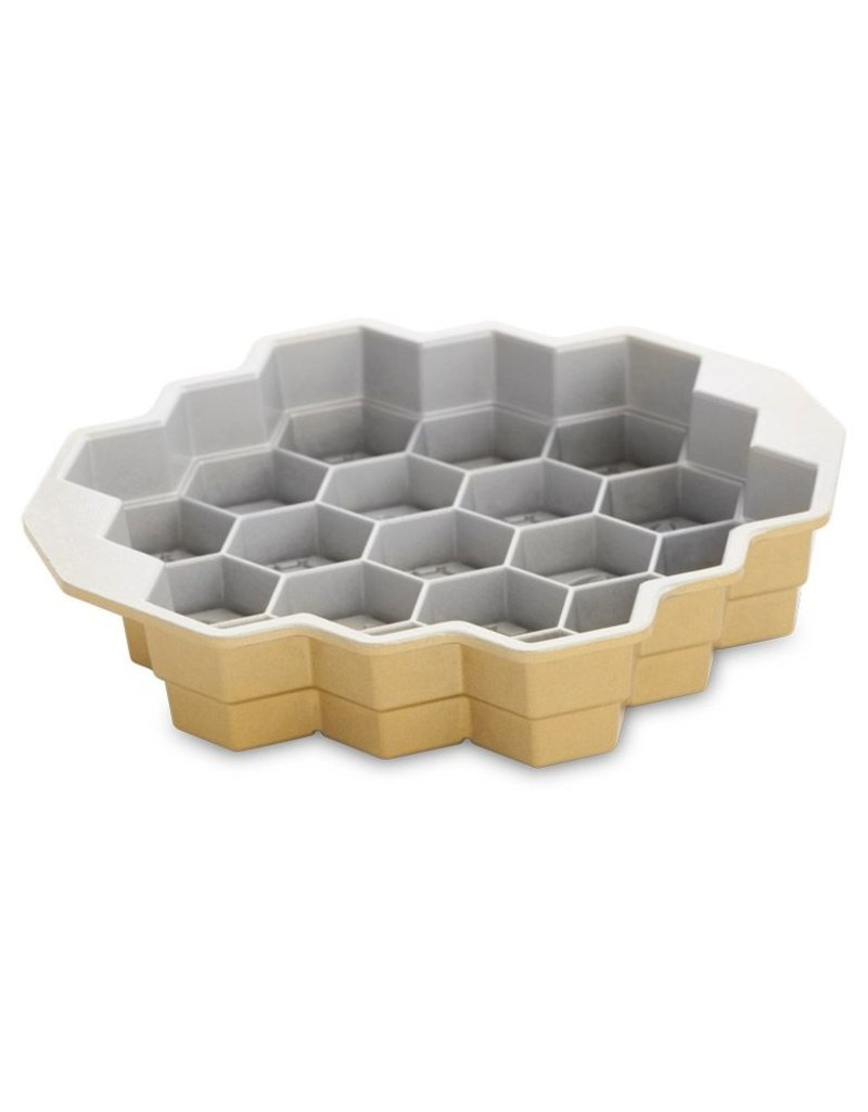 Nordic Ware Honeycomb Pull-Apart Pan, Gold