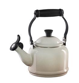 Le Creuset Demi Tea Kettle 1.25oz - Meringue