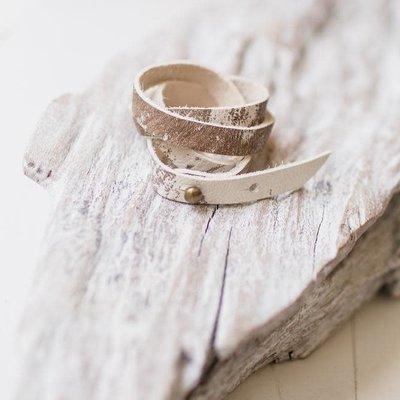 Leslie Curtis Jewelry Designs Sundance - White & Taupe Wrap Bracelet