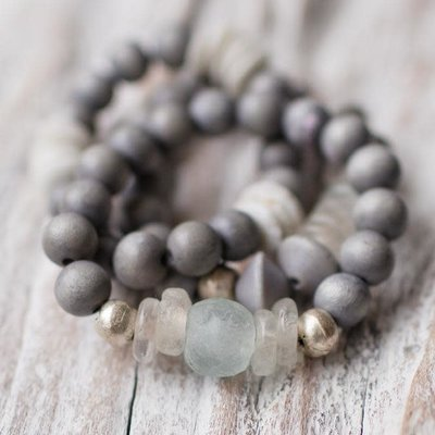 Leslie Curtis Jewelry Designs Wren - Gray Wooden &  Glass Beads  Bracelet