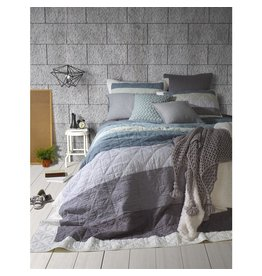 TCE Fidji Quilt With Shams