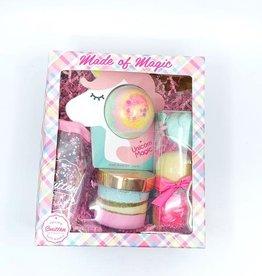 Feeling Smitten Magic Gift Box