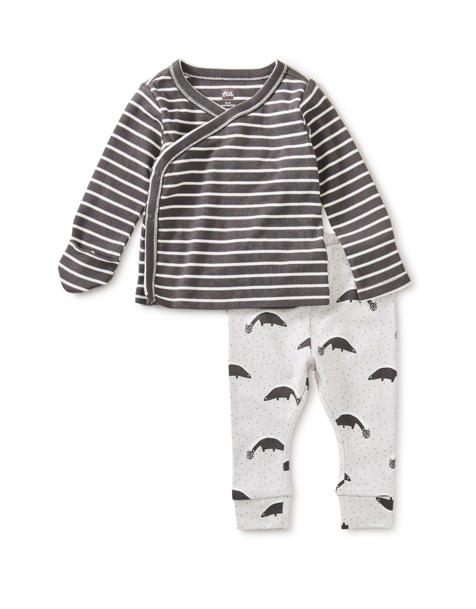 Tea Wrap Top Baby Outfit, Skunk Pepper