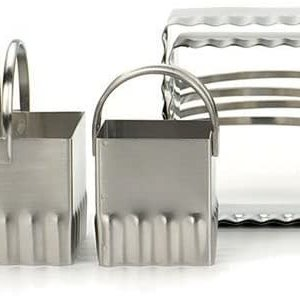 RSVP Square biscuit cutters - Ripple