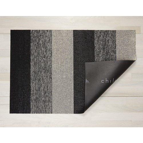 Chilewich Utility Mat Marbled Stripe Shag SALT & PEPPER 24x36 inches