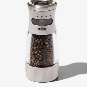 OXO OXO Contoured Mess-Free Pepper Grinder