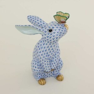Herend Bunny with Butterfly on Nose Fishnet Blue