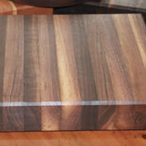 """TIMBERS WALNUT EDGE GRAIN CUTTING/SERVING BOARD 13"""" x 12"""" x 2.25"""""""