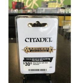 Warhammer 40K Grey Hunter with Wolf Standard