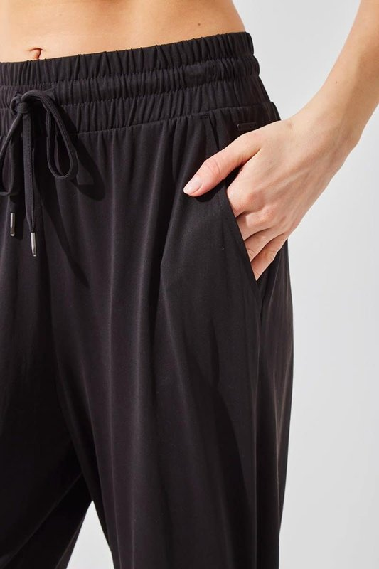 MPG Stride On Luxe Relaxed Pant