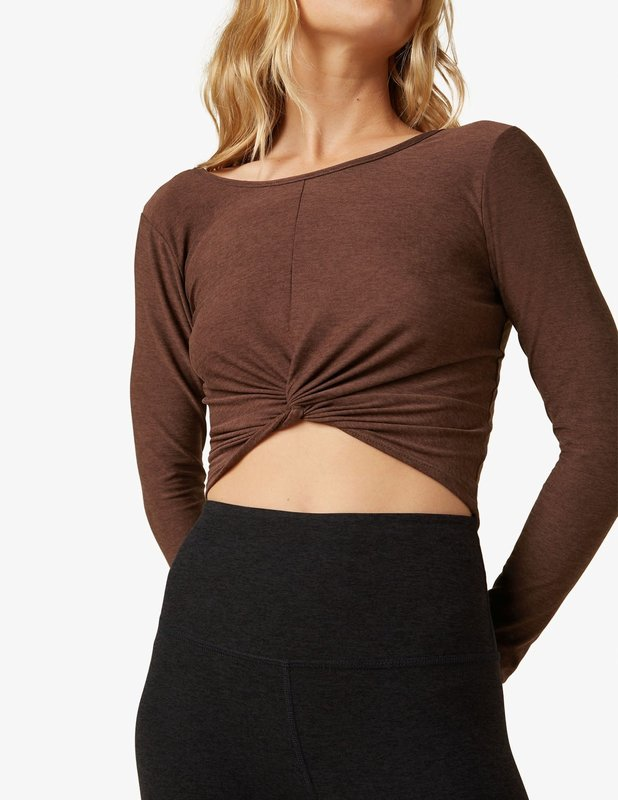 Beyond Yoga Featherweight Twist of Fate Pullover