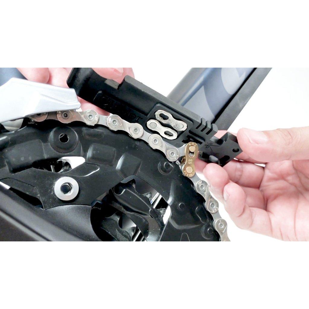 Lever Flatout Multi Function Chain Hook (pair) Black