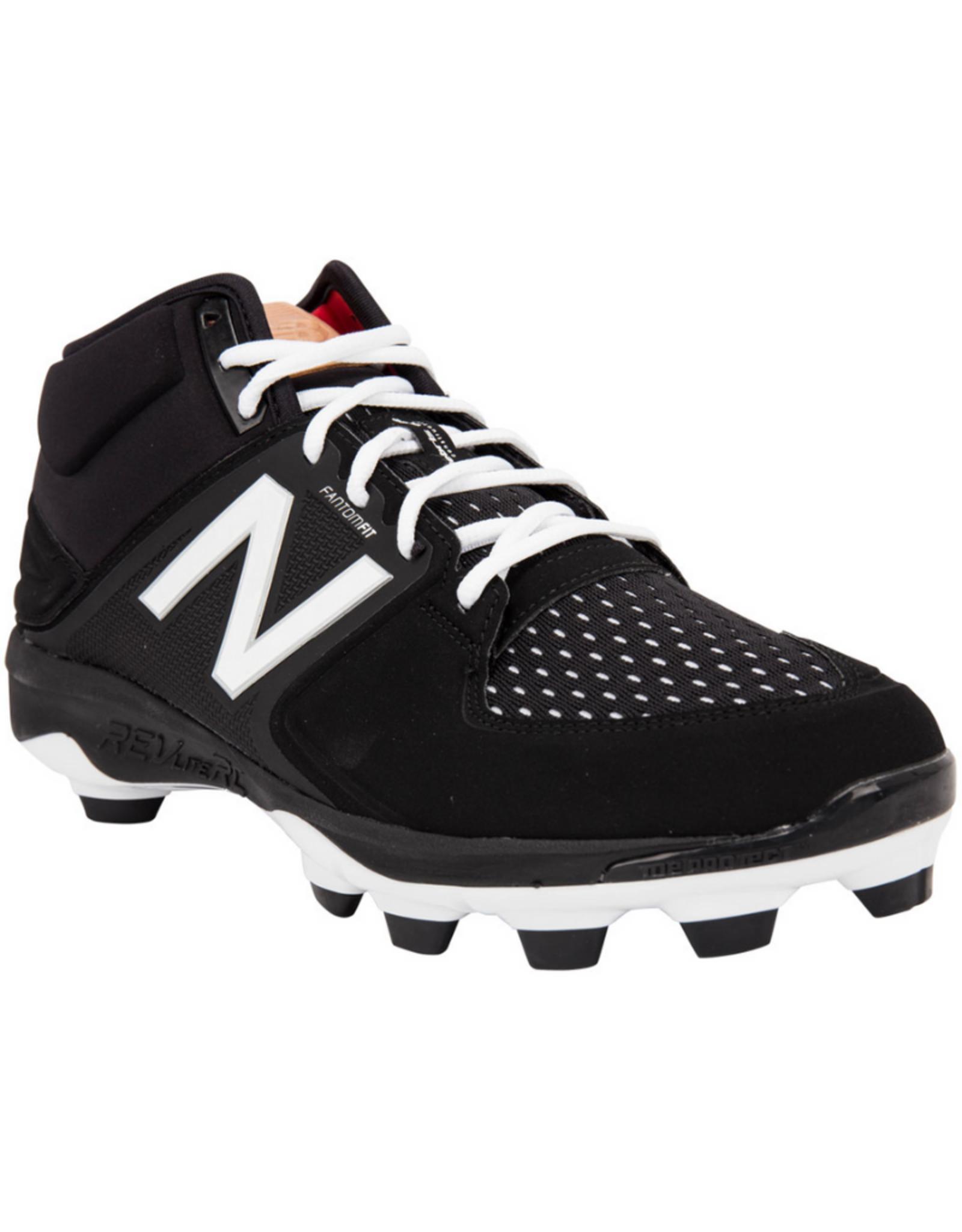 New Balance Men`s Mid Softball Cleats Black