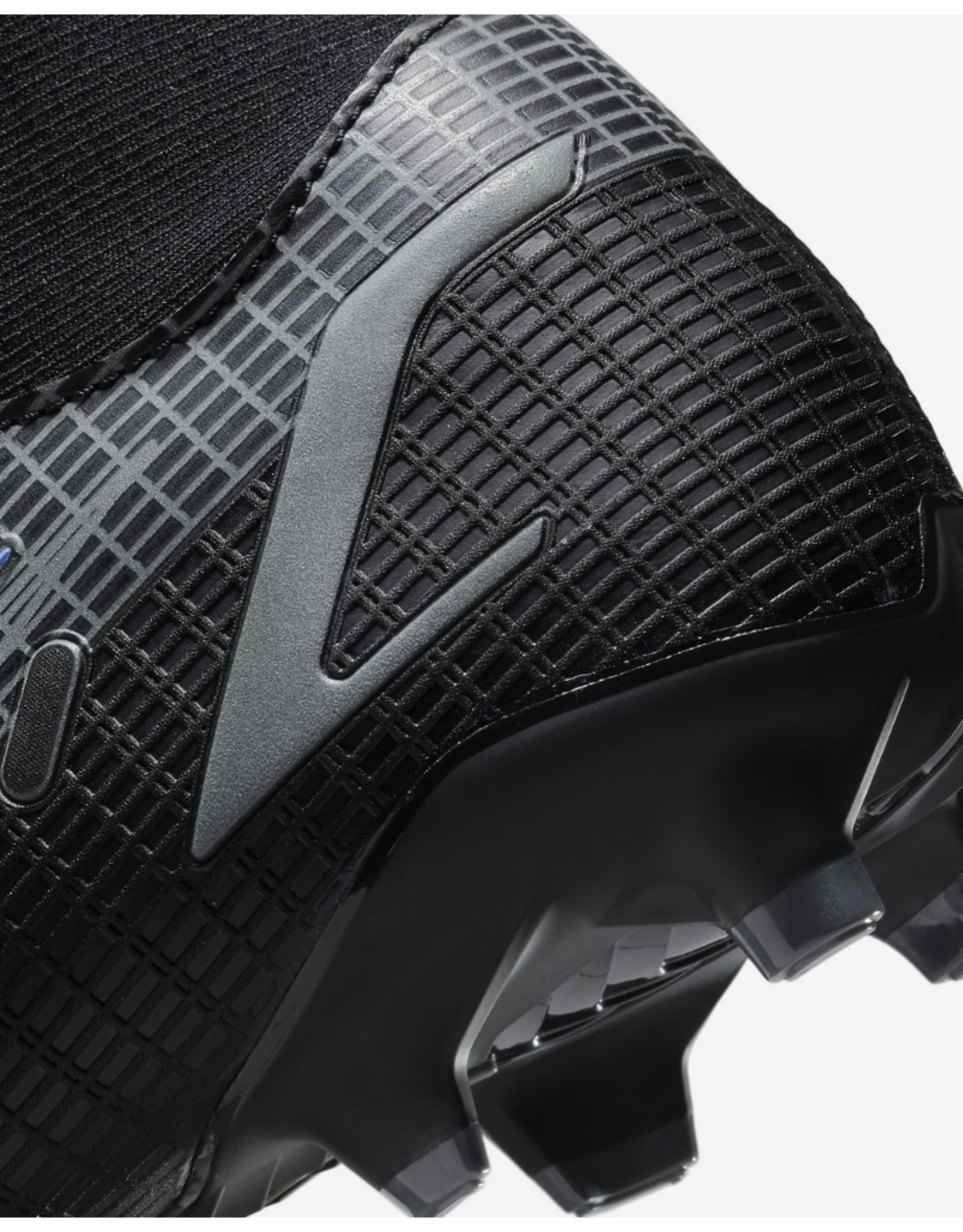 Nike Mercurial Superfly 8 Academy Multi-Ground Soccer Cleat