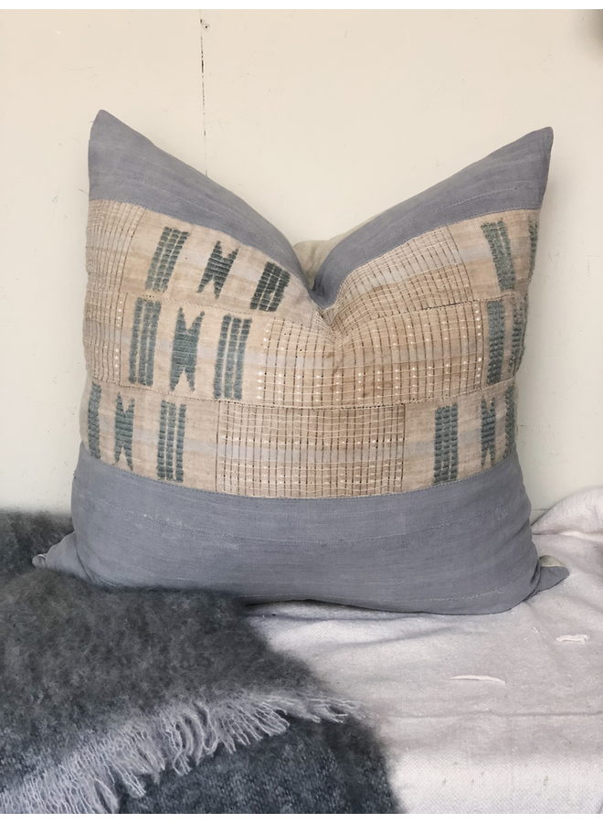 EMBROIDERED PILLOW GRAY 26X26