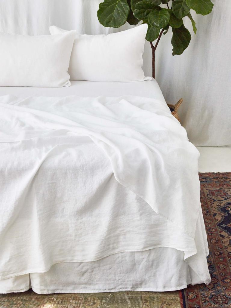 Picture of: Vintage Linen White King Sheet Set Ella S