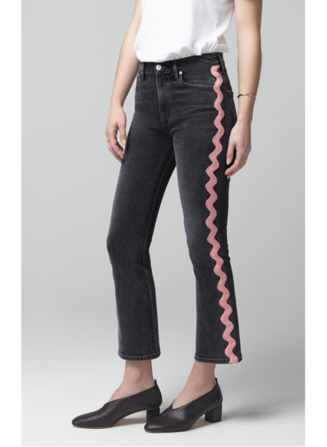 DEMY CROPPED FLARE IN DATE NIGHT PINK WAVE