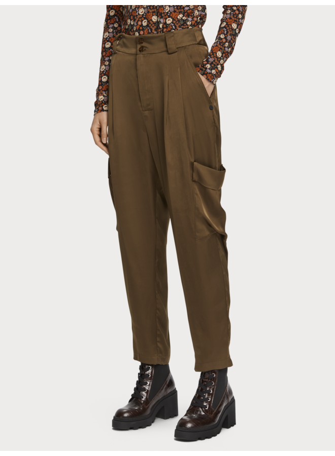 CHIC CARGO PANTS IN DRAPERY VISCOSE QUALITY