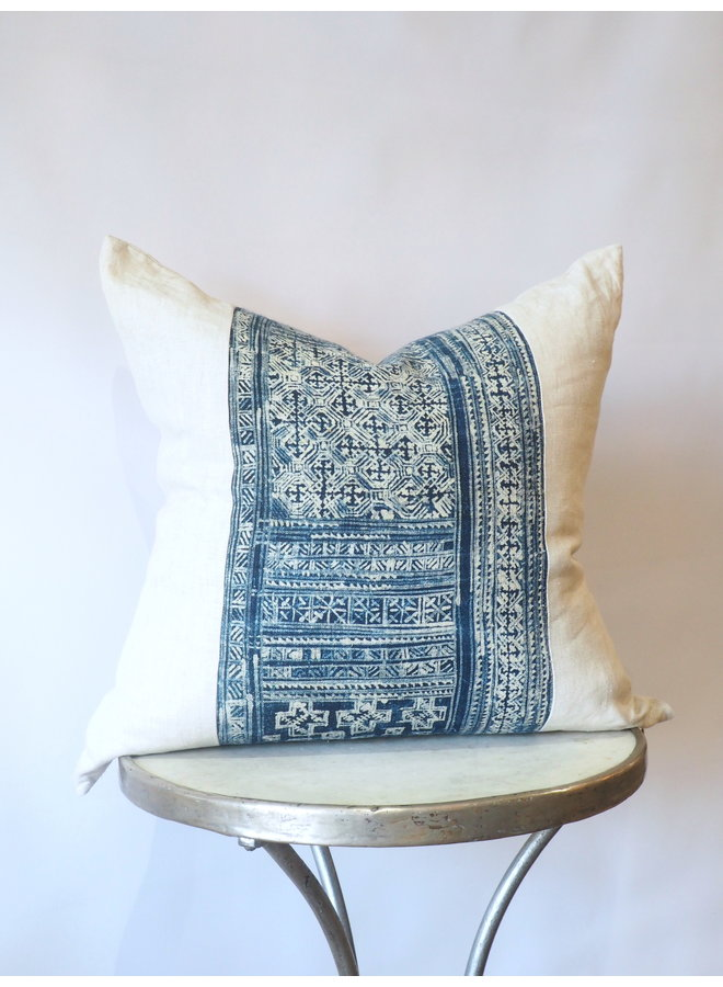 "VINTAGE FABRIC PILLOW 23"" X 23"""