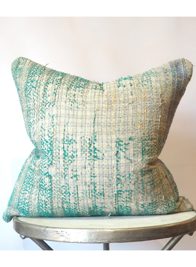GREEN MULTI VINTAGE FABRIC PILLOW