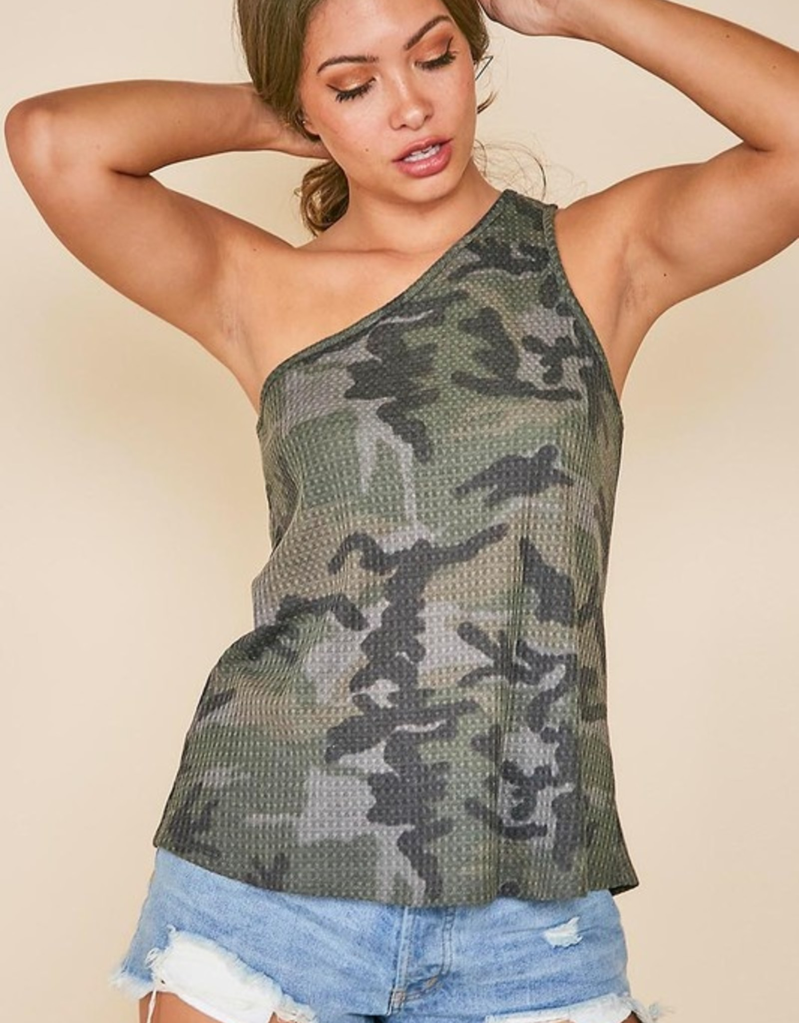 One shoulder camo