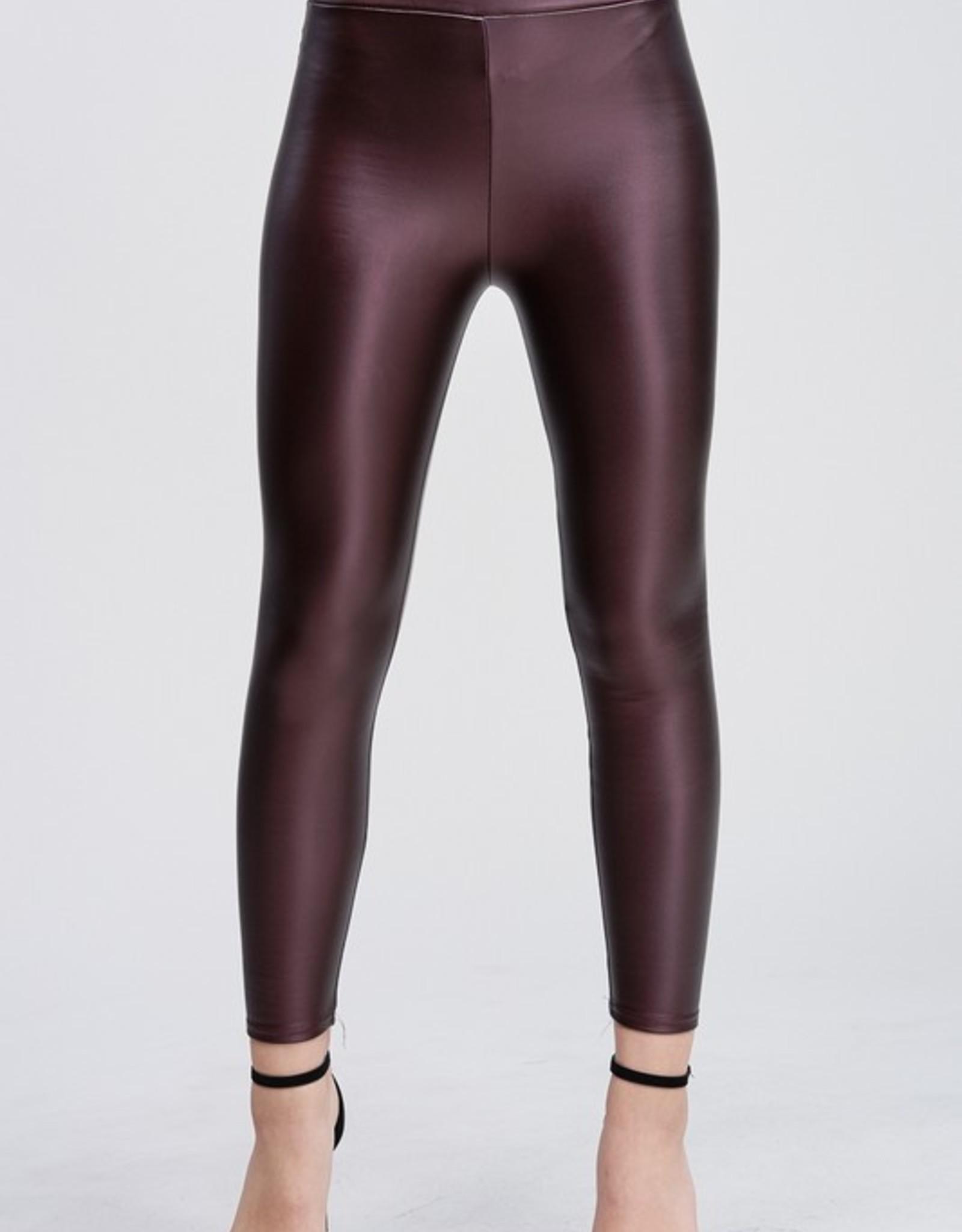 Faux leather legging