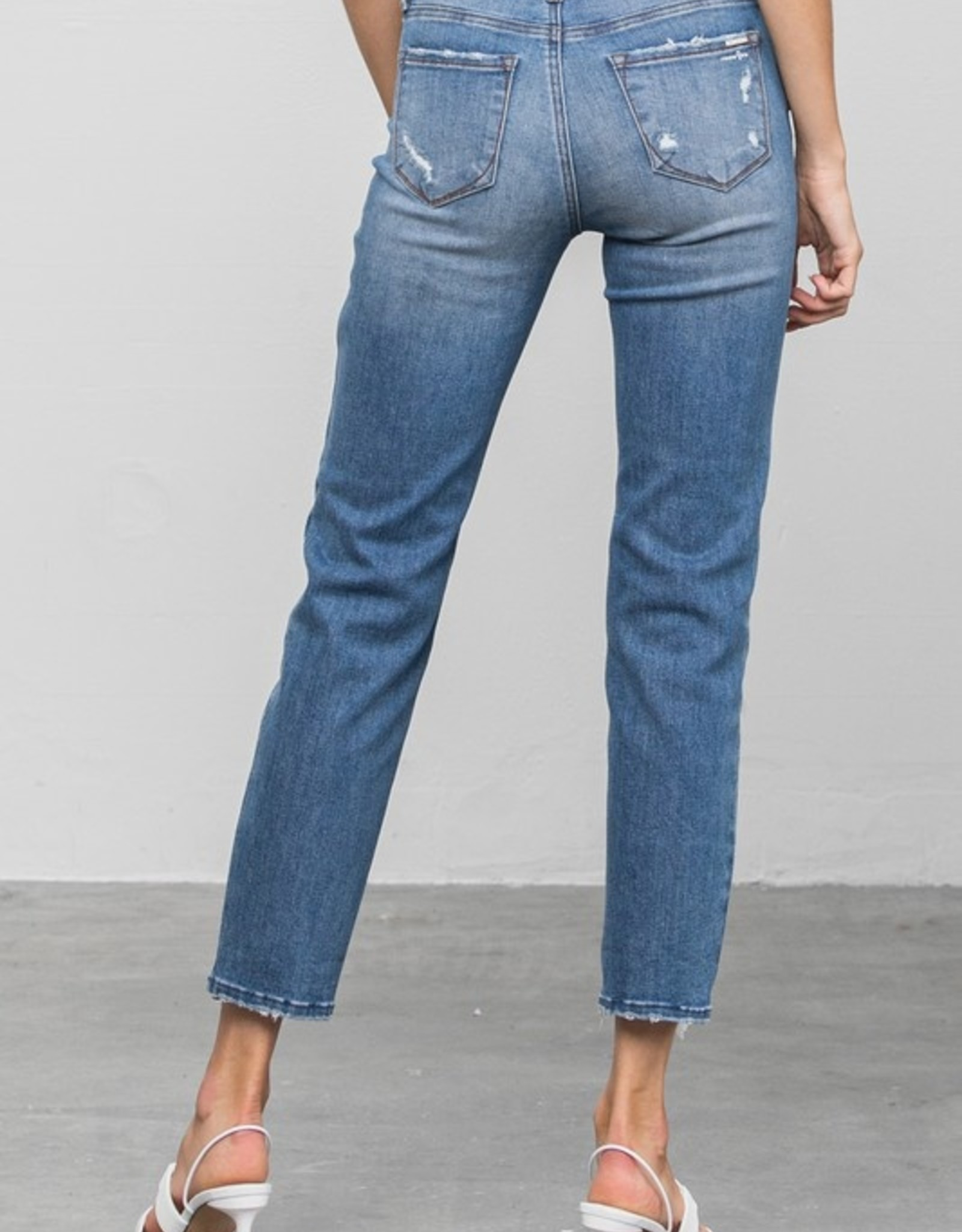Slim girlfriend jean