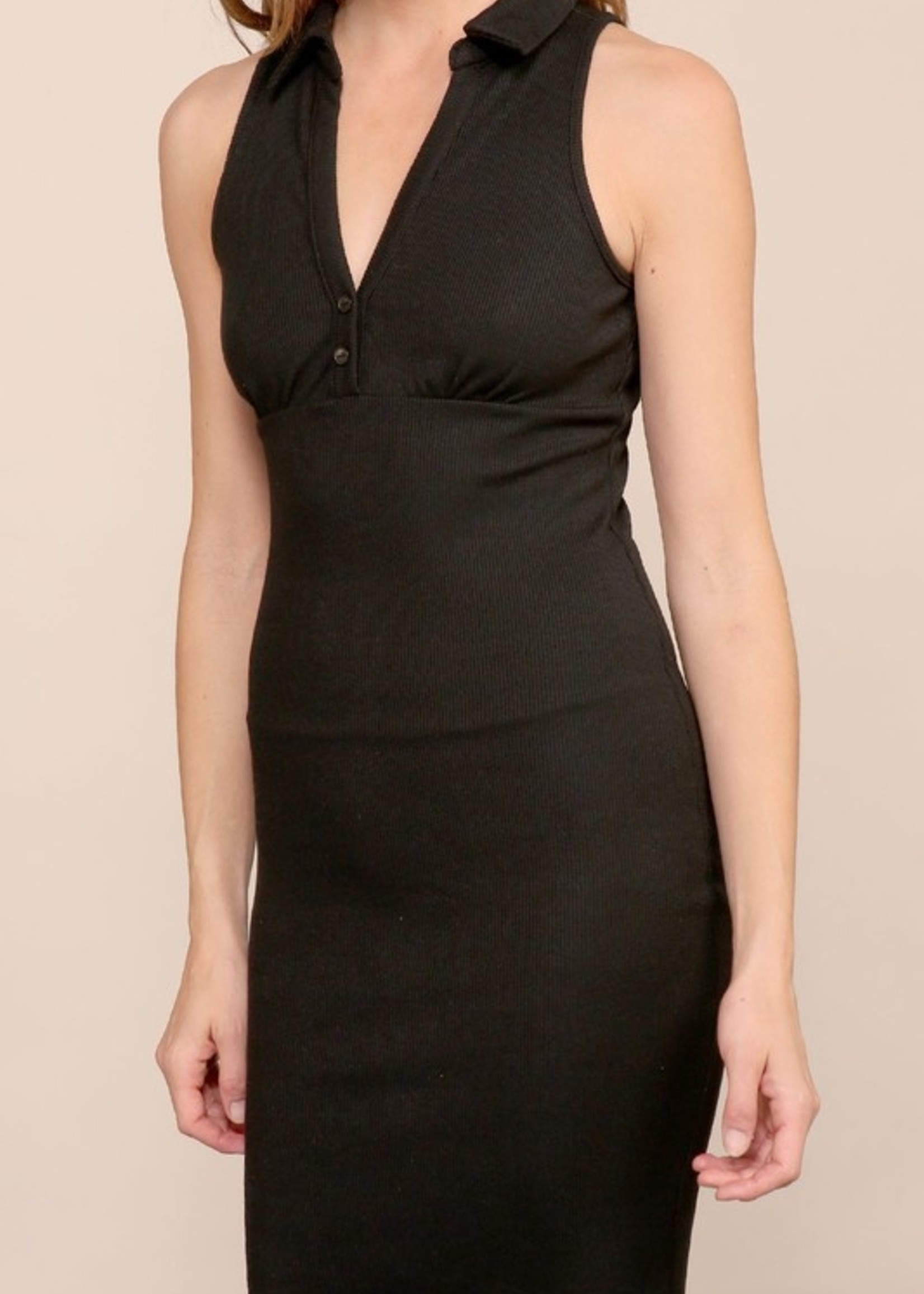 Bodycon dress with collar
