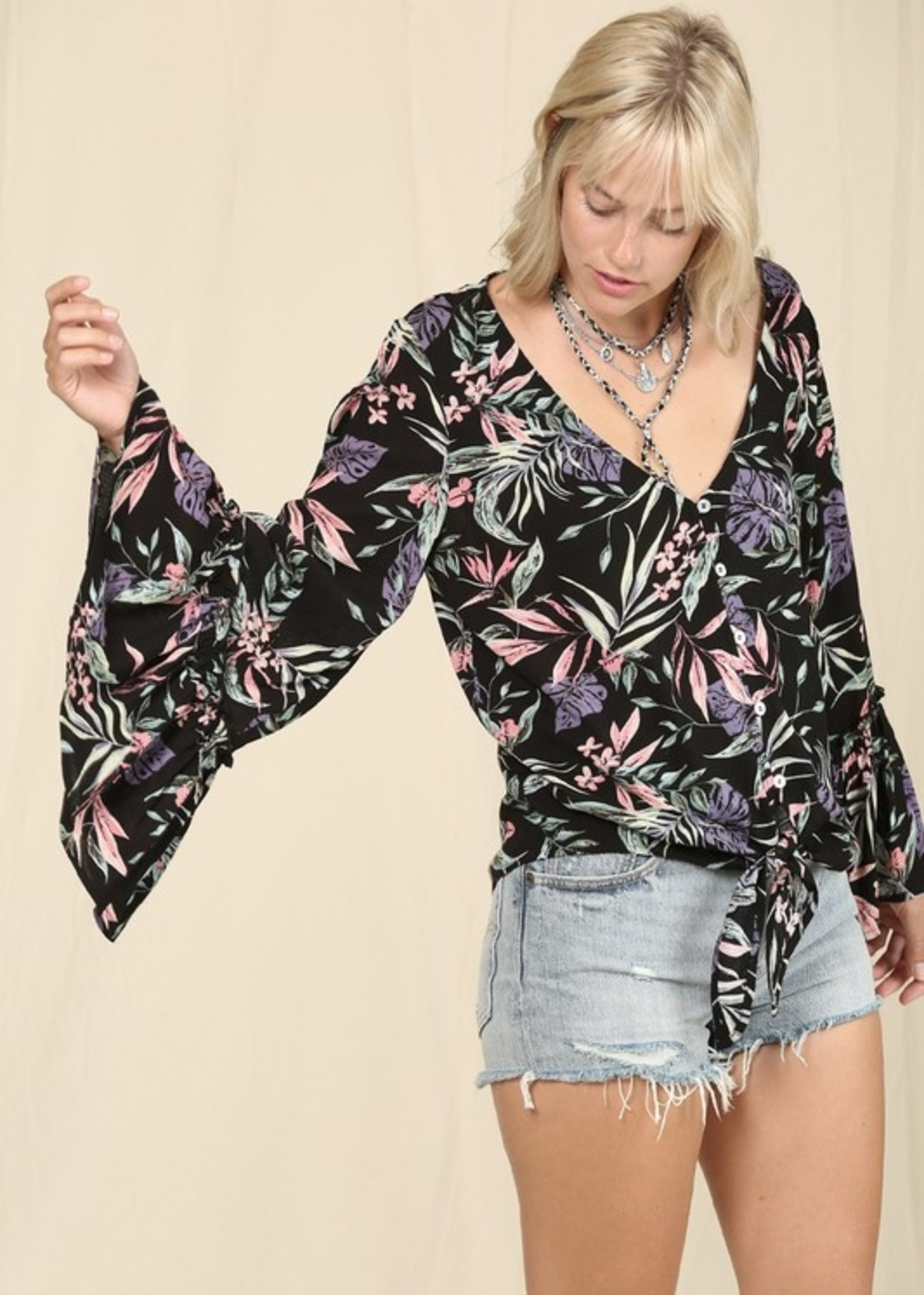 Bell sleeve floral top
