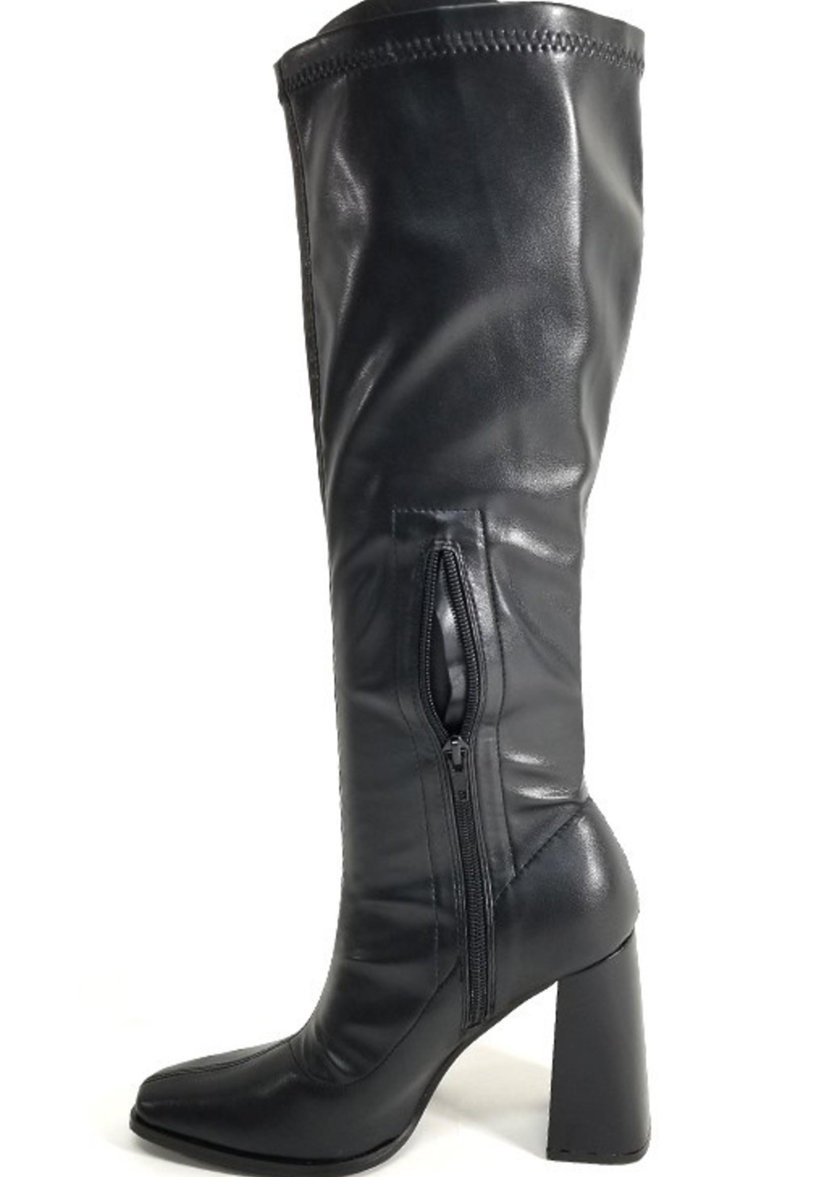 Tall heeled boot