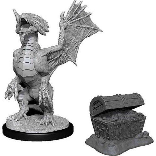 D&D: Bronze Dragon Wyrmling & Pile of Sea found Treasure