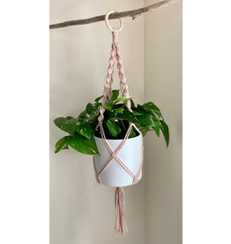 Nordick Knots Twisted Plant Hanger- Pale Pink