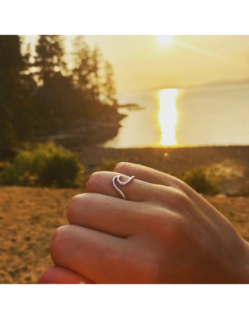 Justine Brooks Design Rose Gold Wave Ring