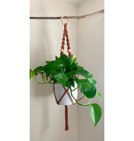 Nordick Knots Twisted Plant Hanger- Rust