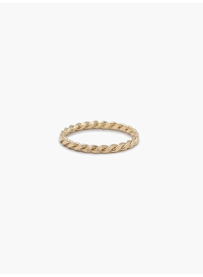 Gold Ivy Ring