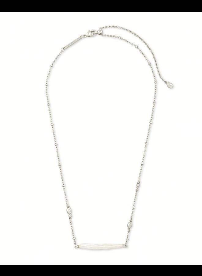 Eileen Pendant Necklace
