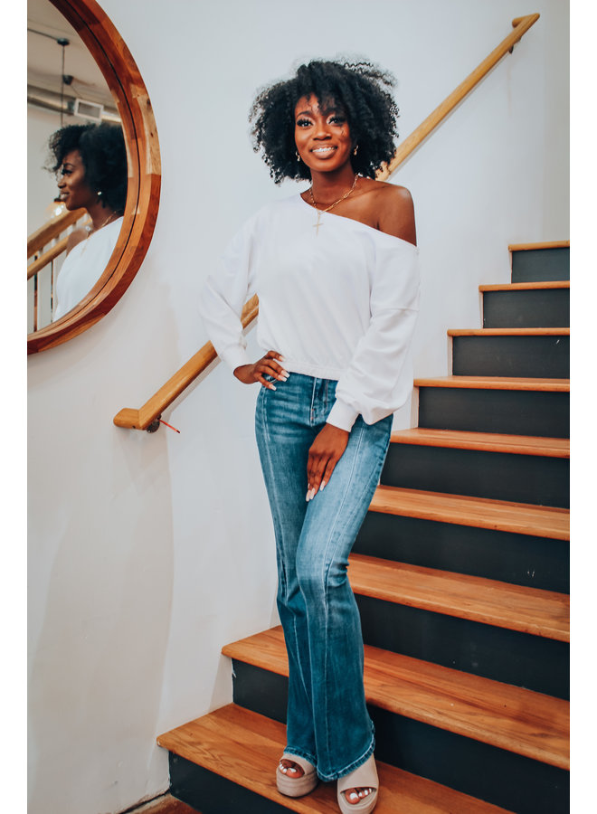 Zoe Off Shoulder Sweatshirt-White