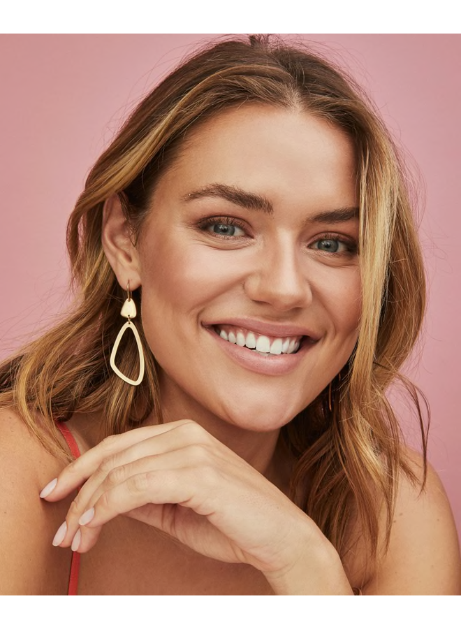 Kira Gold Dangle Earring