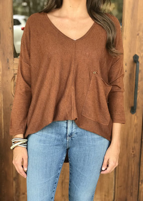 Raven Pocket Top