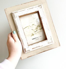 """Wooden Distressed white/natural 4""""x6"""" Frame"""