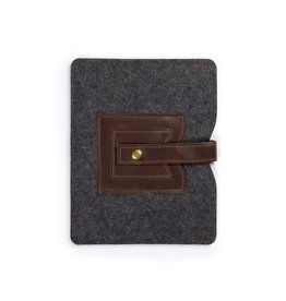 Cache iPad Sleeve Dark Brown
