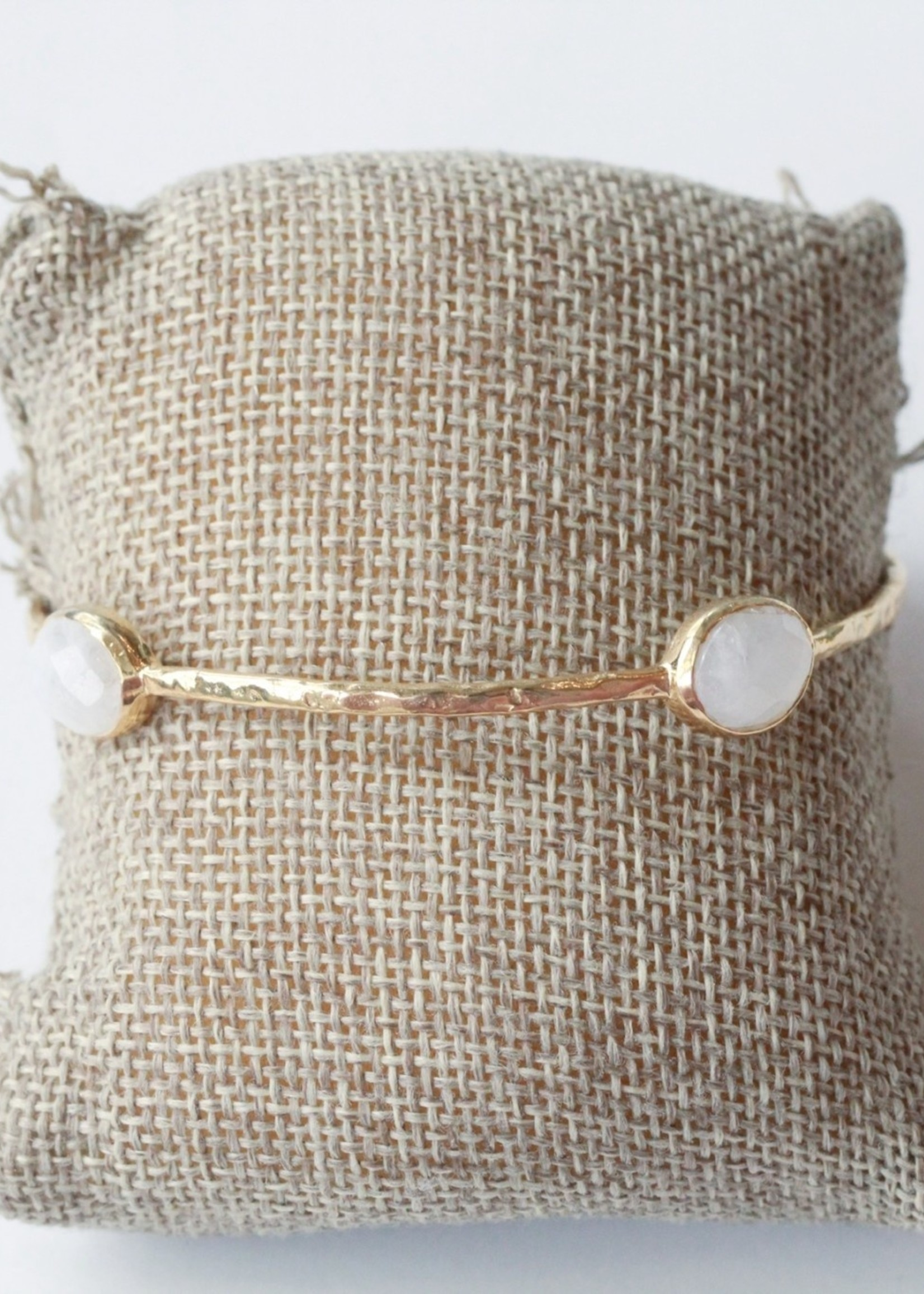 Joya Eleanor Bangle