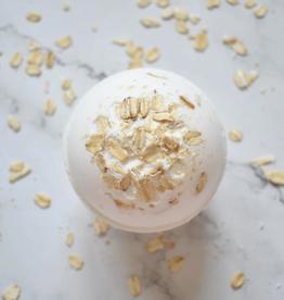 Hummingbird Naturals Oatmeal & Milk Bath Bomb