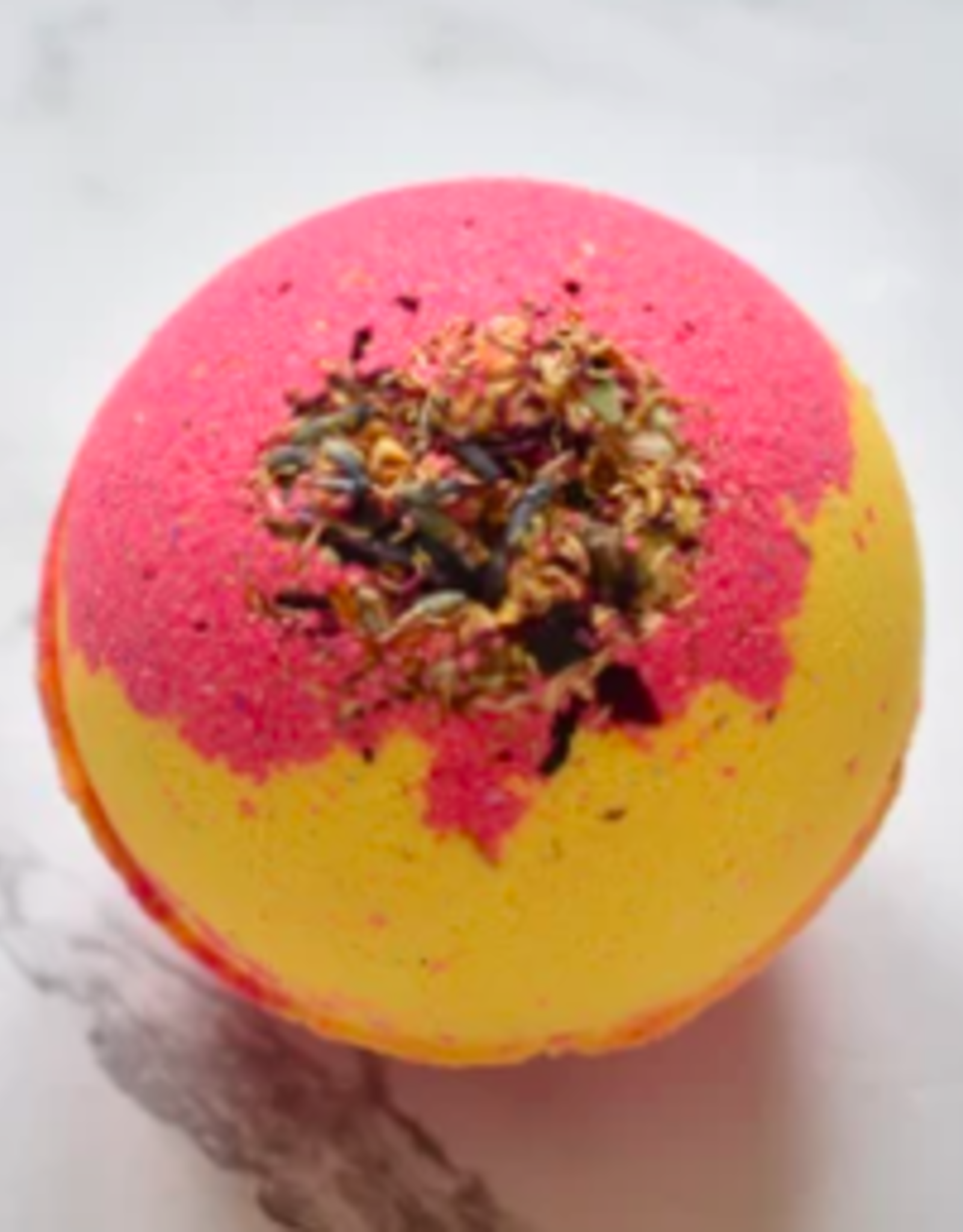 Hummingbird Naturals Pink Grapefruit Bathbomb