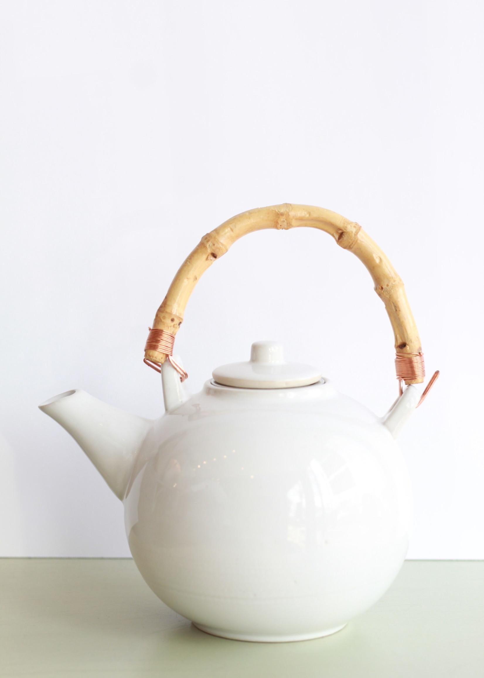 Tea Pot With Bamboo Handle & Metal Strainer