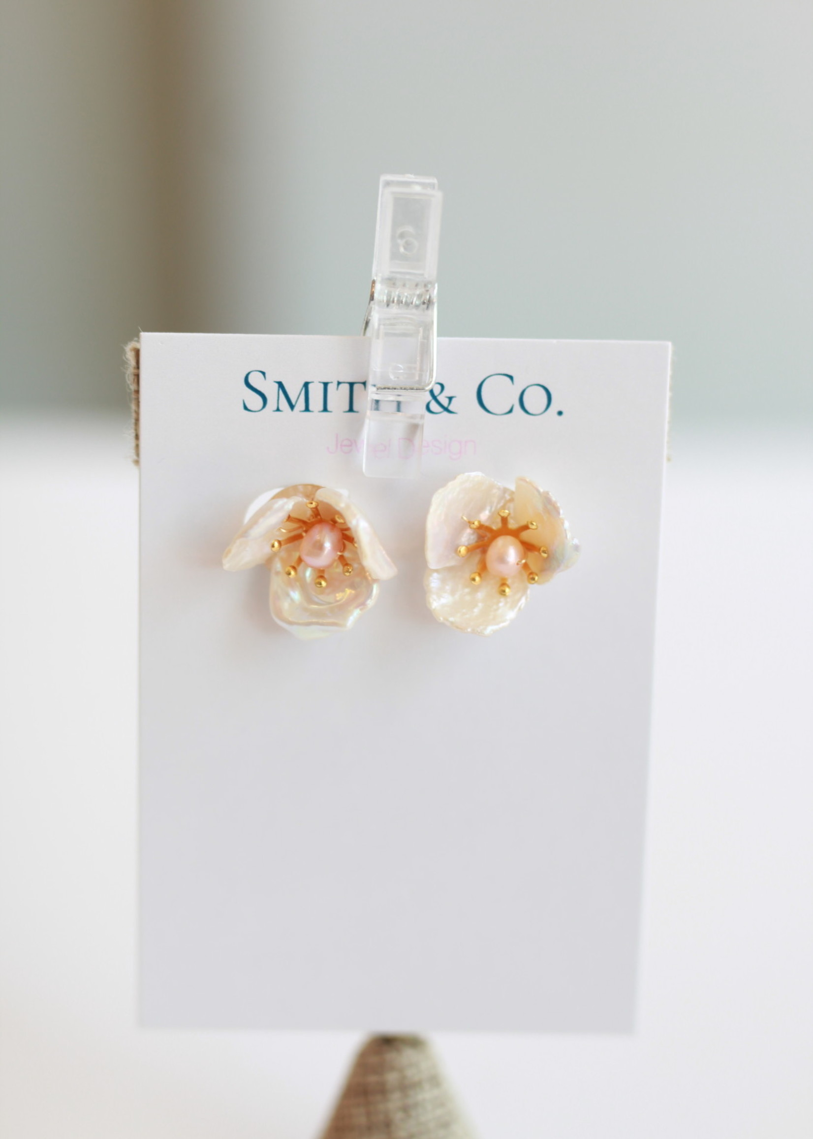 Smith & Co LS Kathleen Floral Stud