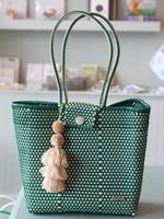 Valerosa Boutique Valerosa Evergreen Hombro Bag With Tan Tassel