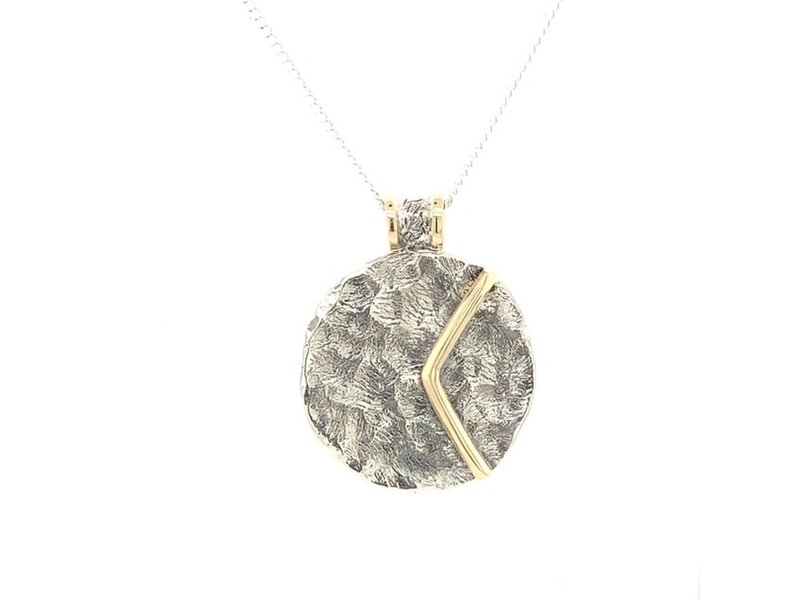 On The Edge Hermosa Guerrera Necklace Spain Collection