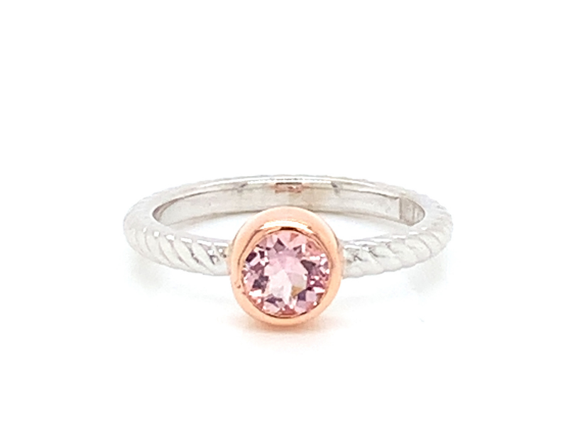 On The Edge Serendipity Ring 10ktw